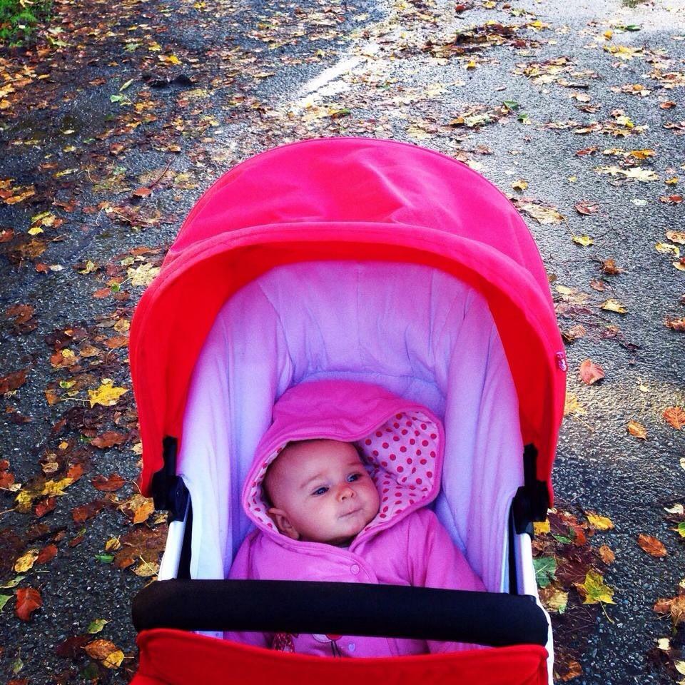 Dublin as a family. Esme in the park.
