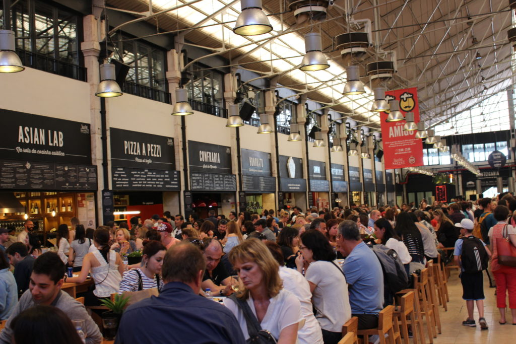 One of our favourite places to eat in Lisbon with kids was this foodhall.
