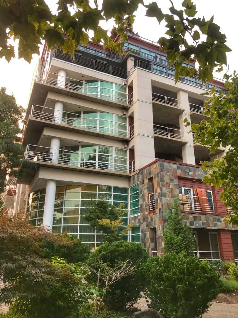 Kid Friendly Hotels in Portland Oregon - Rivers Edge Hotel and Spa