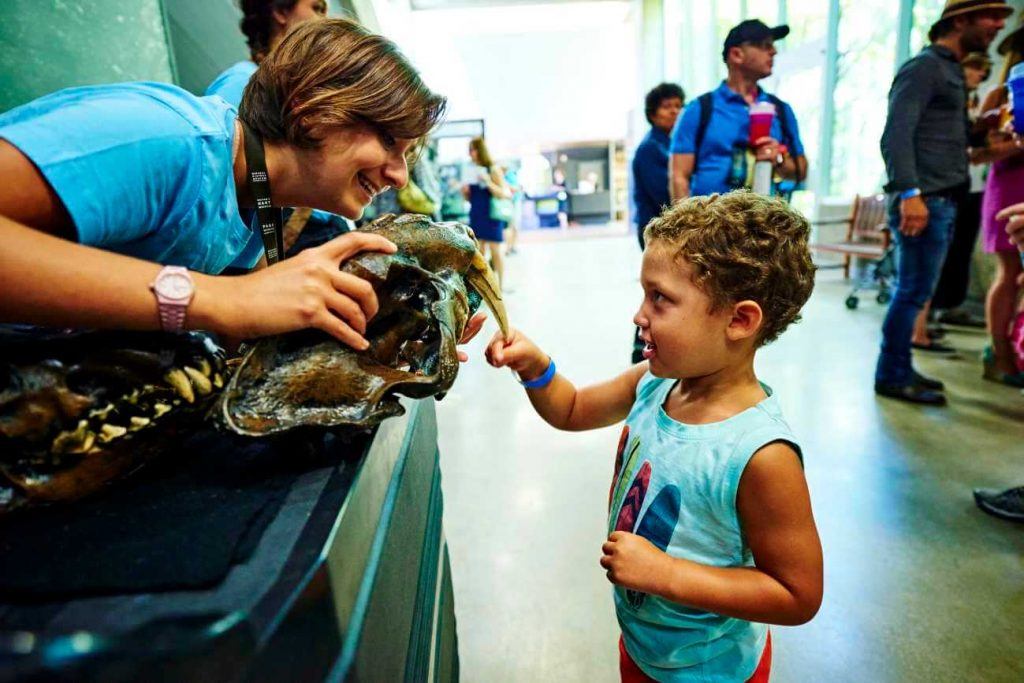 Things to do in Los Angeles with Kids - La Brea Tar Pits