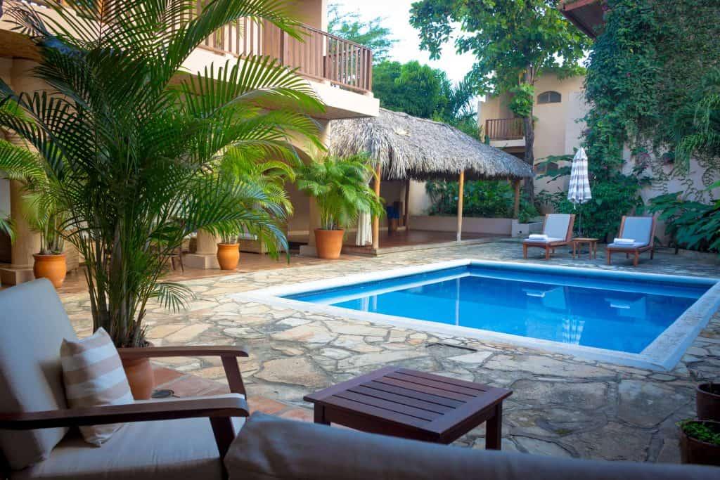 Casa Lucia Boutique Hotel Pool- Where to stay in Granada, Nicaragua