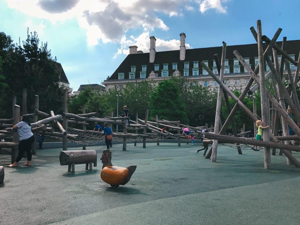 Jubilee Gardens - London Eye with Kids