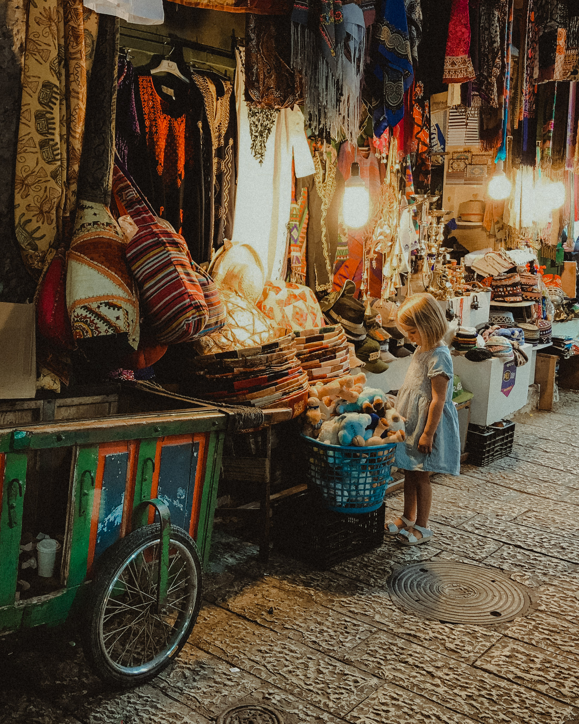 Jerusalem For Kids - Arab Shuk