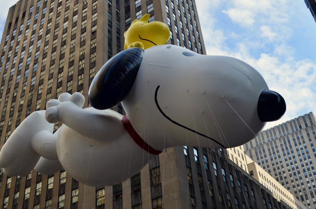 Best Thanksgiving family vacations - NYC Macy's Parade