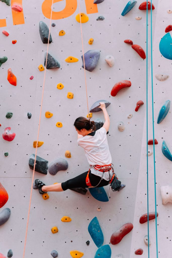 Unique things to do in seattle - bouldering