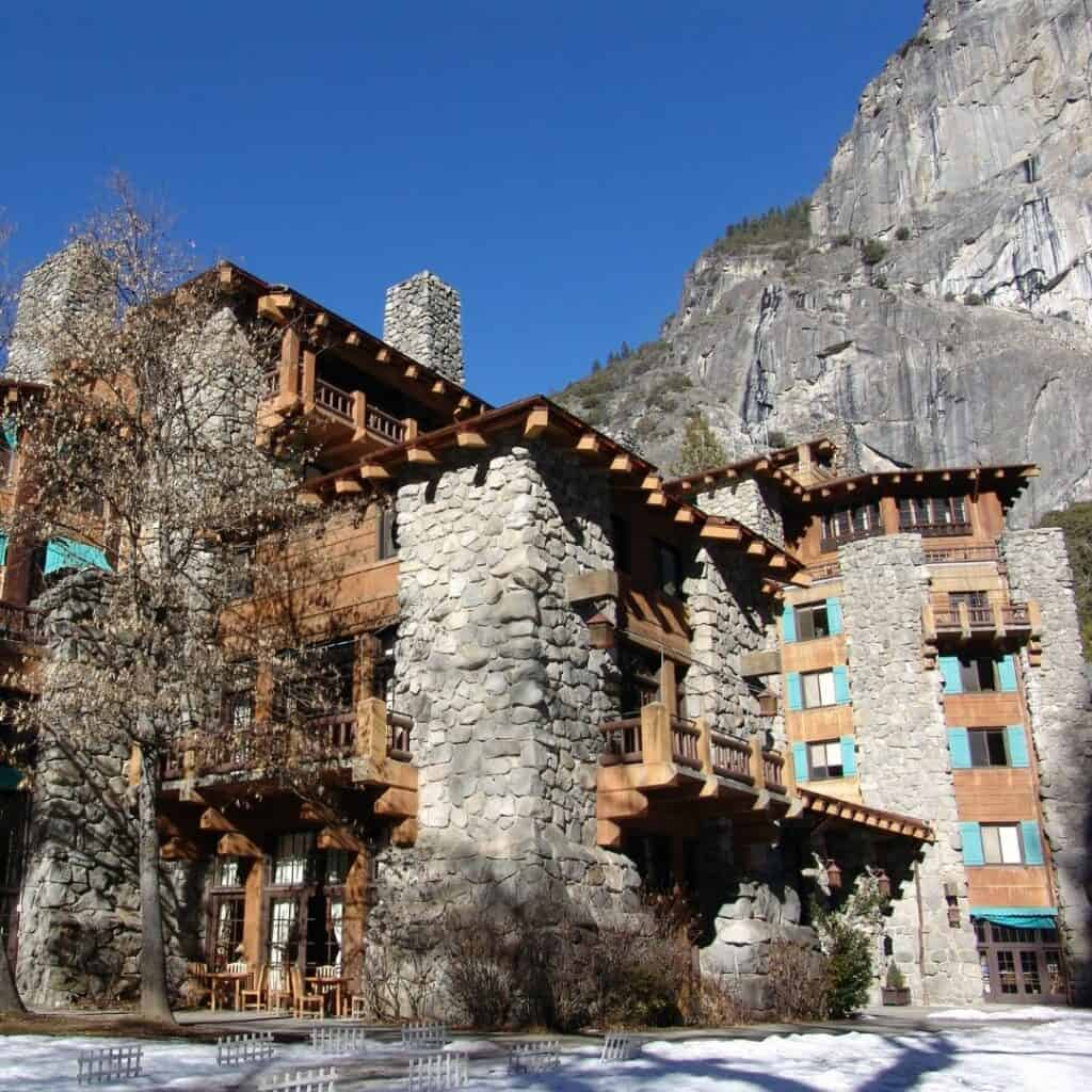 best place to stay in yosemite in fall